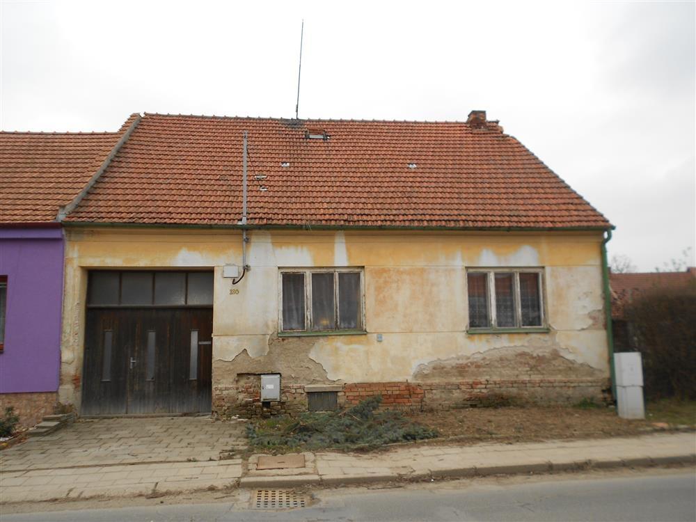 Dražba podílu id. 2/3 na RD v obci Prštice, okres Brno-venkov