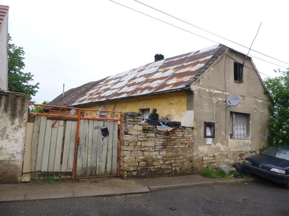 Opakovaná dražba podílu id. 1/2 na RD v obci Budyně nad Ohří, okres Litoměřice