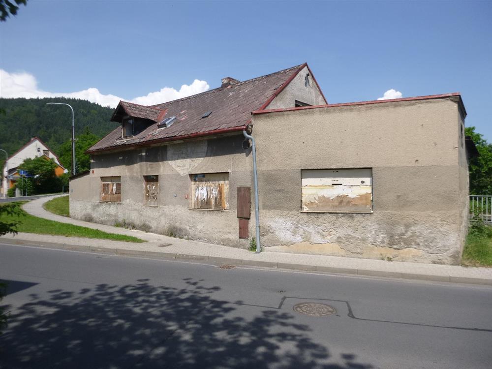 Opakovaná dražba podílu id. 1/7 na RD v obci Hroznětín, okres Karlovy Vary