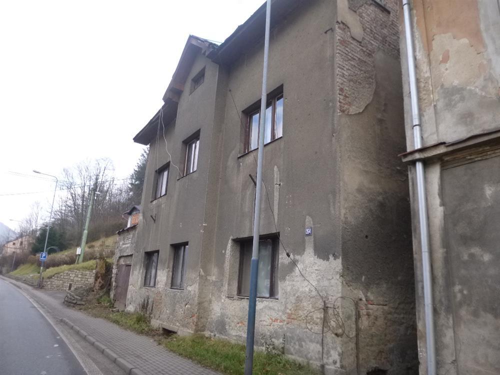 Dražba podílu id. 1/30 na RD v obci Tanvald, okres Jablonec nad Nisou