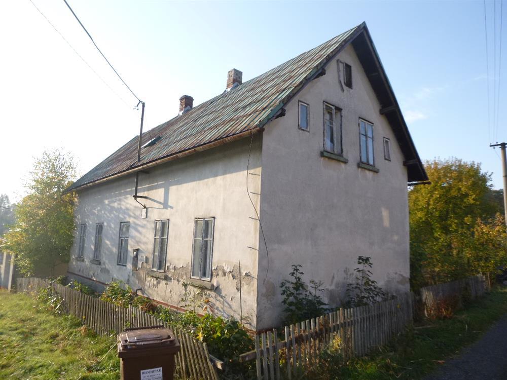 Opakovaná dražba podílu id. 1/10 na RD v obci Mikulášovice, okres Děčín