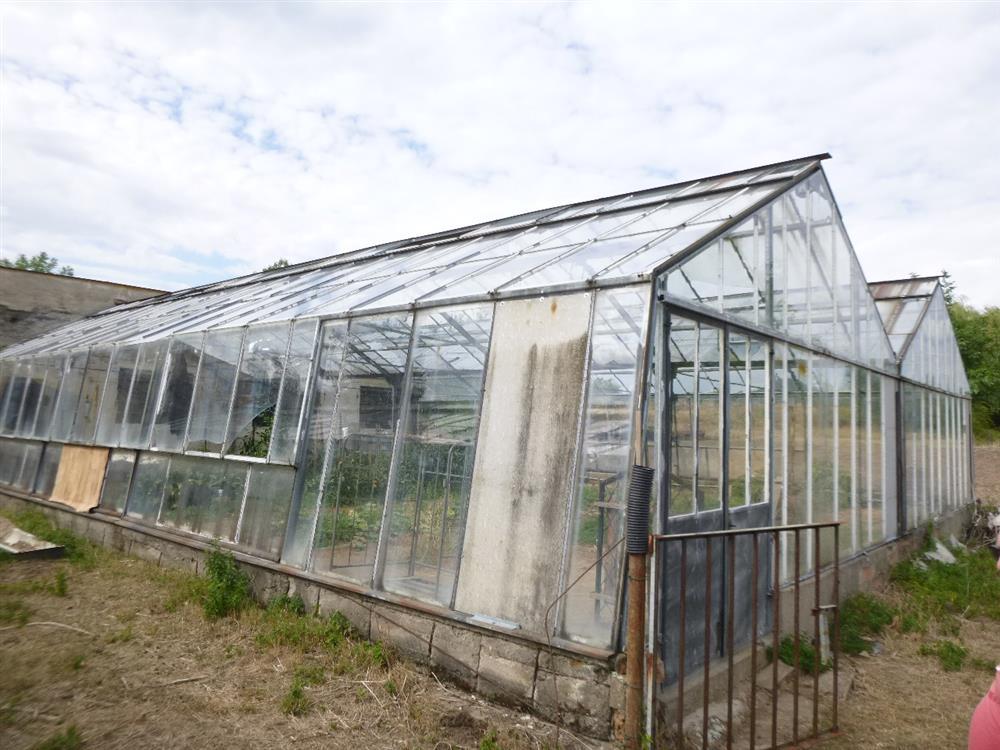 Opakovaná dražba pozemků s velkokapacitními skleníky v obci Ploskovice, okres Litoměřice